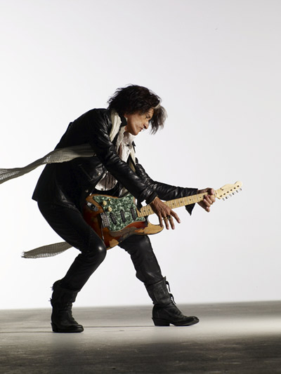 01_Joe_Perry_033-low_REG