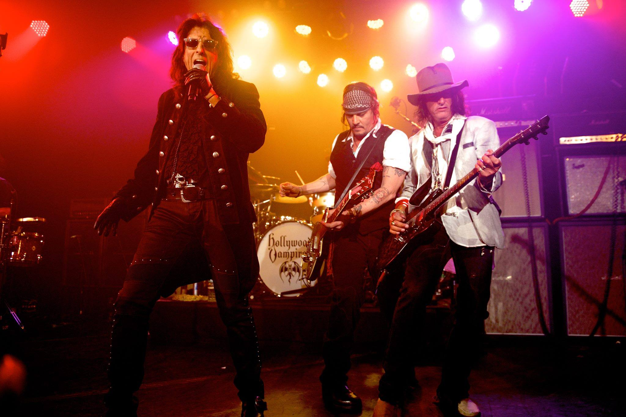 the hollywood vampires tour dates joe perry. Black Bedroom Furniture Sets. Home Design Ideas
